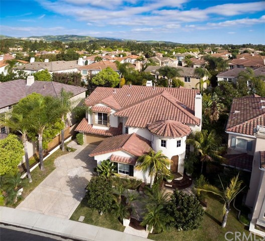 Single Family Home for Sale at 6 Spring Grove Irvine, California 92620 United States