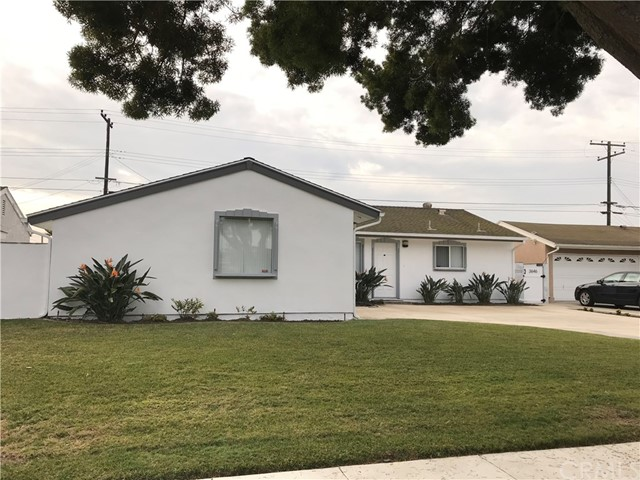 3646 W Kingsway Av, Anaheim, CA 92804 Photo 2