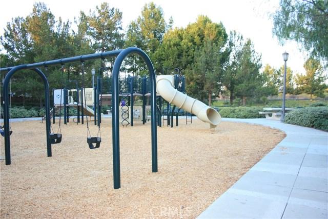 1805 Crescent Oak, Irvine, CA 92618 Photo 16