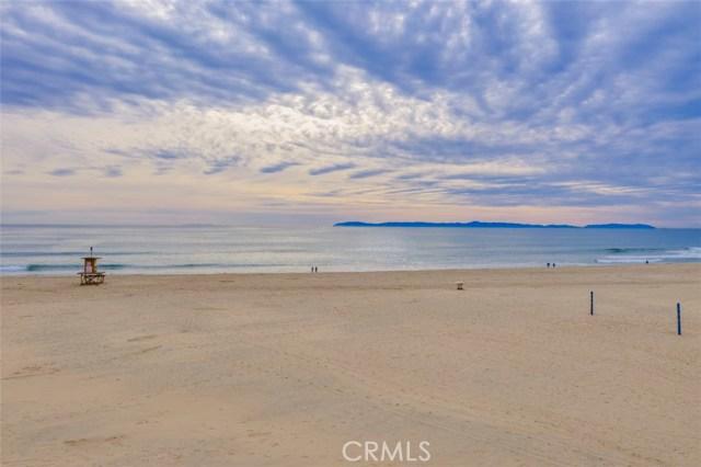 Photo of 6806 W Oceanfront, Newport Beach, CA 92663