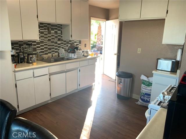 1312 Brookside Drive, Orland CA: http://media.crmls.org/medias/41b8888f-fb6f-45bf-a11f-1efc204d7ccf.jpg