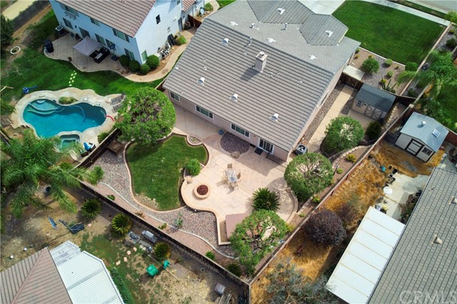 33571 Honeysuckle Lane, Murrieta CA: http://media.crmls.org/medias/41bf5671-97f8-4677-ac9c-9621c983afbb.jpg