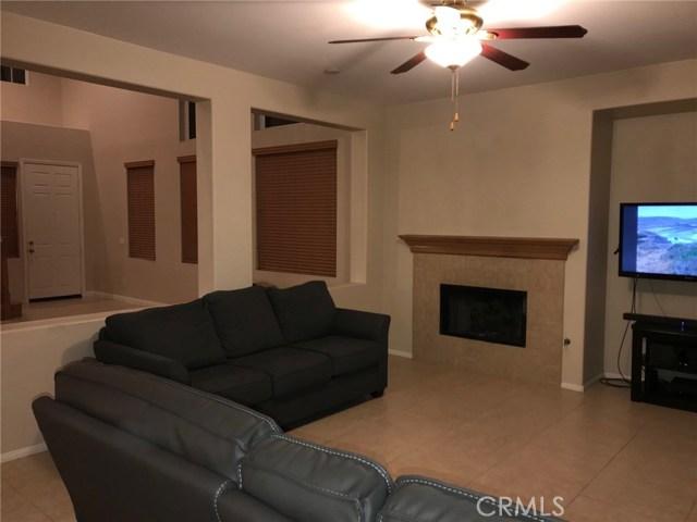 36708 Torrey Pines Drive, Beaumont CA: http://media.crmls.org/medias/41c0b01e-6cd3-4911-8857-0d4e6d50da92.jpg
