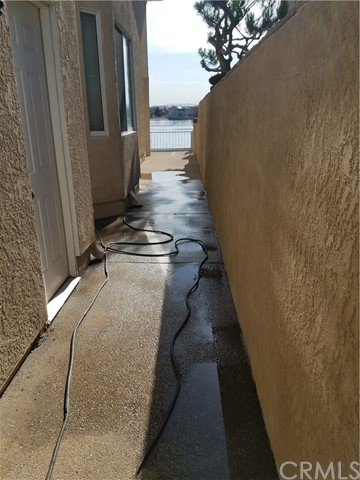 18071 MARINER DRIVE, VICTORVILLE, CA 92395  Photo