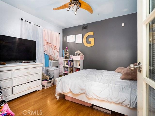 7621 Sullivan Place, Buena Park CA: http://media.crmls.org/medias/41d6eecd-1949-455e-aa48-fc5ac0a7bcee.jpg