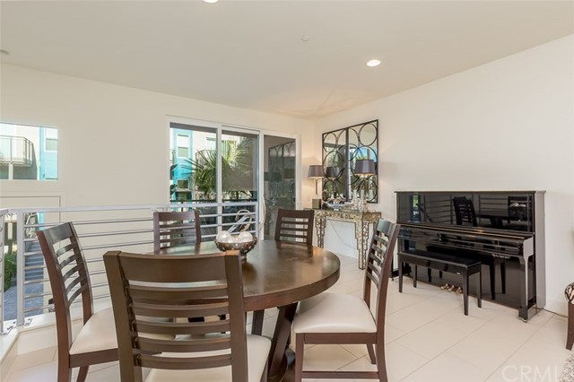 250 Rockefeller, Irvine, CA 92612 Photo 5