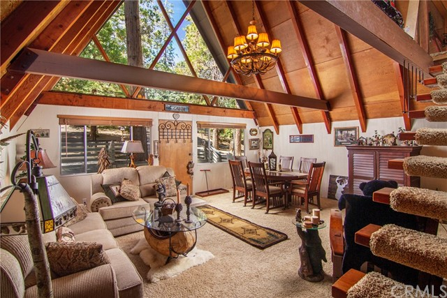 29036 Alder Terrace, Cedar Glen CA: http://media.crmls.org/medias/41e530a9-132a-44dd-ae78-0f7bdc4a2aa2.jpg