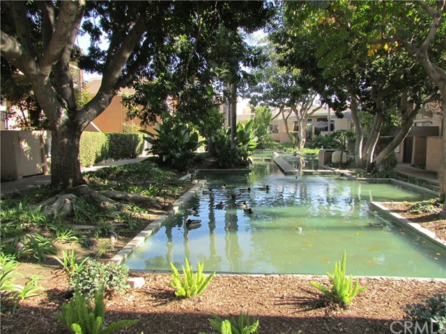 Townhouse for Sale at 1524 Welldow Lane Fullerton, California 92831 United States