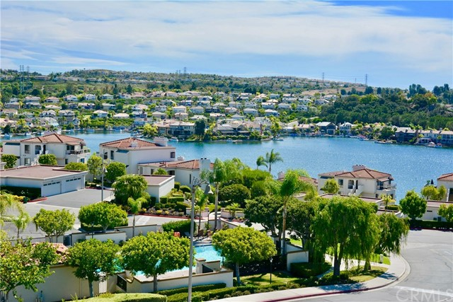 27796 Soller Mission Viejo, CA 92692 is listed for sale as MLS Listing OC16712472