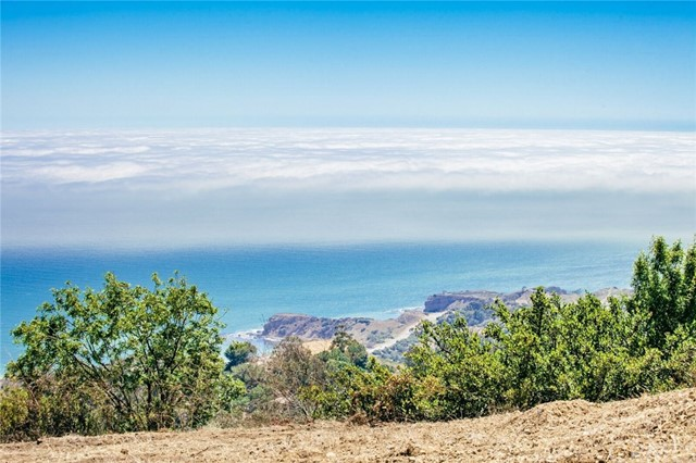 Land for Sale at 23 Crest Road E 23 Crest Road E Rolling Hills, California 90274 United States