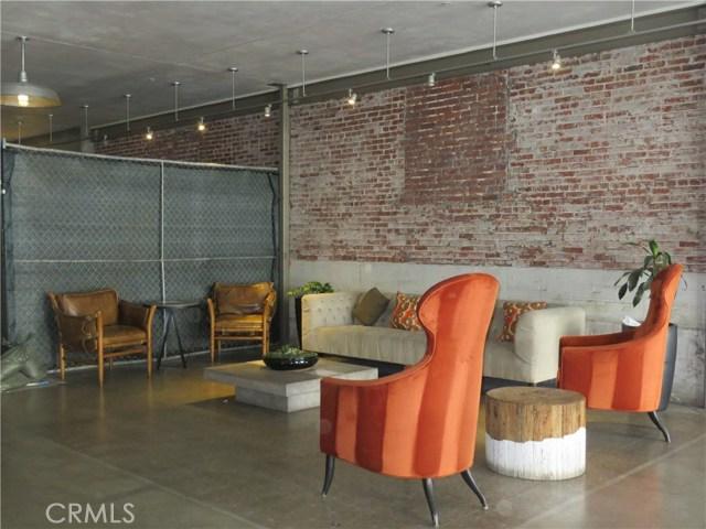 527 S Molino Street, Los Angeles CA: http://media.crmls.org/medias/41ffd76d-eaa3-4831-860c-959b1e60e6f5.jpg