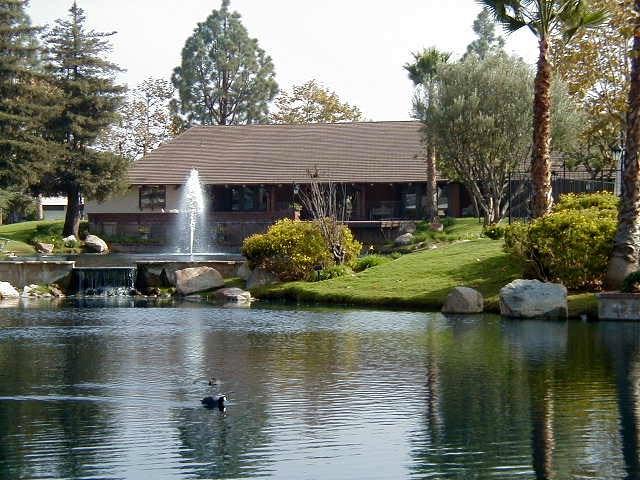 24001 Muirlands Boulevard, Lake Forest CA: http://media.crmls.org/medias/42034218-ab67-4b46-b5bc-ef077e8aae33.jpg