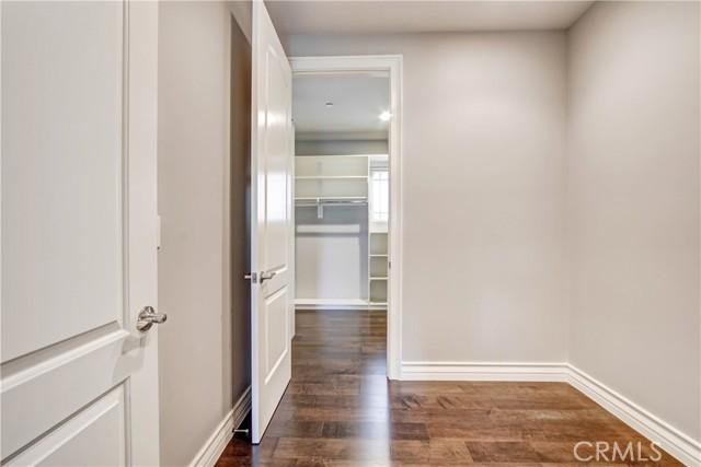 2032 S 7th Avenue, Arcadia CA: http://media.crmls.org/medias/42201b51-b933-496d-98e2-ebd9d154dd21.jpg