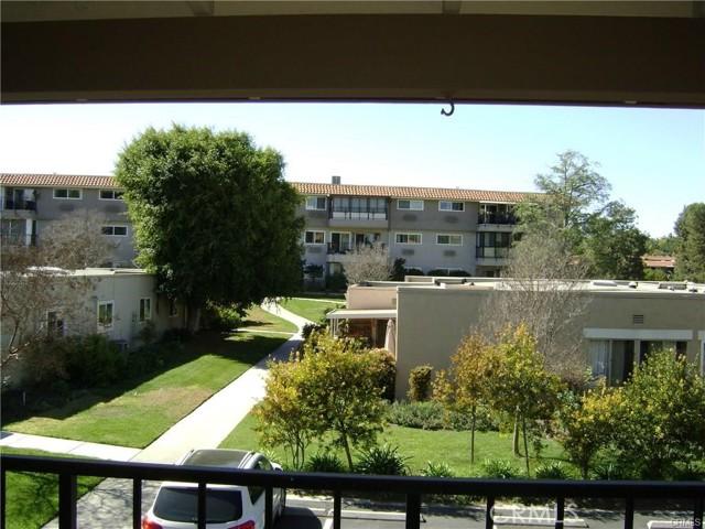 2337 Avenida Sevilla, Laguna Woods CA: http://media.crmls.org/medias/422e414a-54ef-430f-a9e1-c69ad9cddcf9.jpg