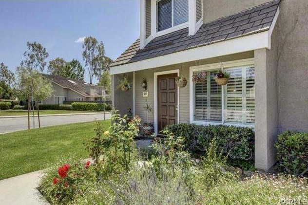 10 Cedarglen 34 , CA 92604 is listed for sale as MLS Listing OC18050018