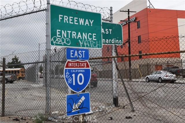 757 E Washington Boulevard, Los Angeles CA: http://media.crmls.org/medias/423991d1-4c2a-4288-9870-4e10588e6a5c.jpg