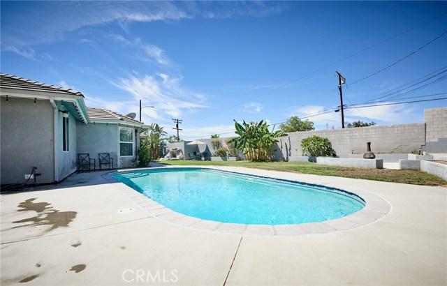 1406 E Ralston Avenue, San Bernardino CA: http://media.crmls.org/medias/423f25c7-1ab1-4667-9e5d-40ea2d45af53.jpg