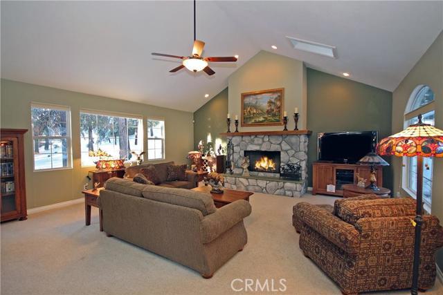 437 Cedar Ridge Drive Lake Arrowhead CA  92352