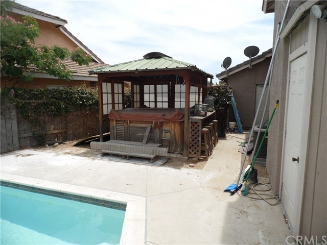 11660 Pintail Court, Moreno Valley CA: http://media.crmls.org/medias/4251512b-cc85-4e7f-b11b-a6c65deaa5c1.jpg