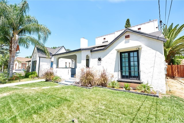 741 E Claremont Street, Pasadena CA: http://media.crmls.org/medias/425460b6-4f32-468e-bc54-4bac9904842a.jpg