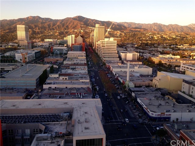 Lofts for Sale at 200 San Fernando Road Unit 301 200 N San Fernando Road Los Angeles, California 90031 United States