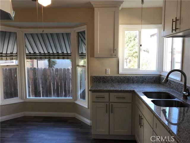 واحد منزل الأسرة للـ Sale في 1620 S 8th Street 1620 S 8th Street Alhambra, California 91803 United States