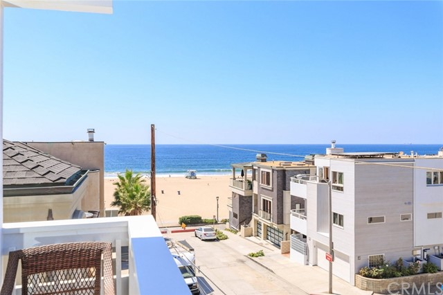 126 Neptune Ave, Hermosa Beach, CA 90254 photo 1