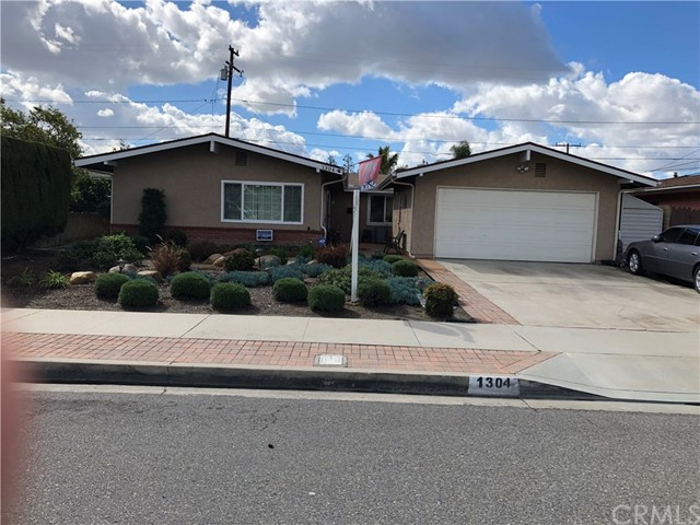 1304 E Sandalwood Av, Anaheim, CA 92805 Photo 0