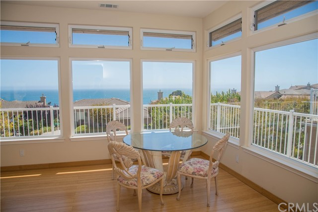 208 FOOTHILL ROAD, PISMO BEACH, CA 93449  Photo
