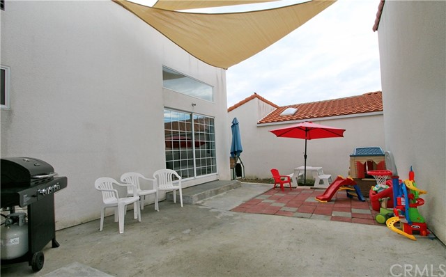 943 Patria Circle, Atascadero CA: http://media.crmls.org/medias/42859fea-a4a7-4942-a159-b6a700e98368.jpg
