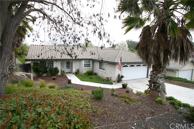 1594 Stormy Way, Paso Robles, CA 93446