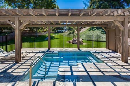 5821 Sunset Ranch Drive, Riverside CA: http://media.crmls.org/medias/429adf5a-c241-413f-b196-9b0b565e9f93.jpg