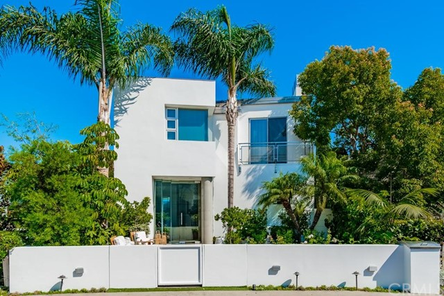 2702 Circle Drive, Newport Beach, California 92663, 5 Bedrooms Bedrooms, ,4 BathroomsBathrooms,Residential Purchase,For Sale,Circle,OC21204763