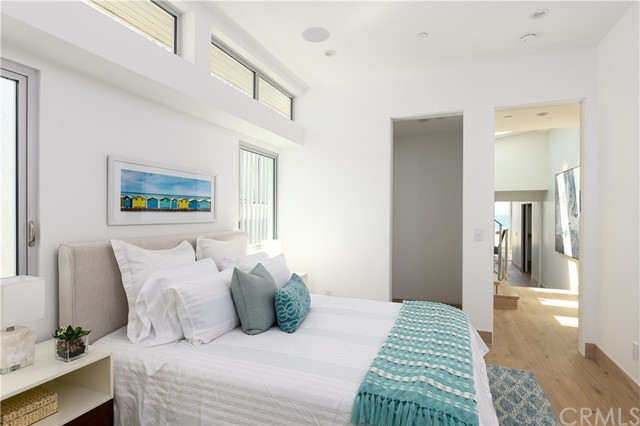 212 The Strand, Hermosa Beach, CA 90254 photo 17