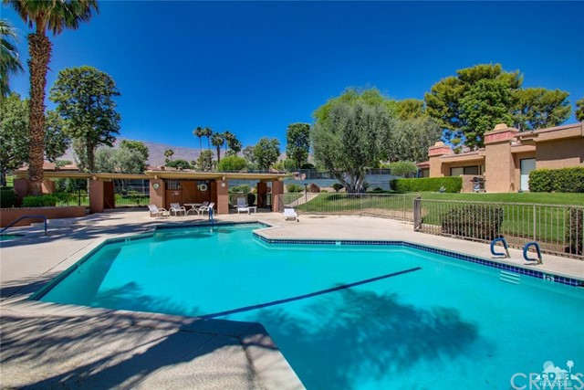 48949 Sunny Summit Lane Palm Desert, CA 92260 is listed for sale as MLS Listing 217015120DA
