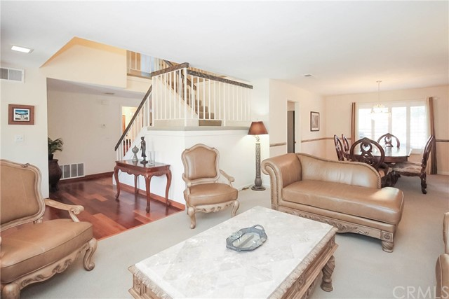 Casa Unifamiliar por un Venta en 12917 Wolverton Lane Cerritos, California 90703 Estados Unidos