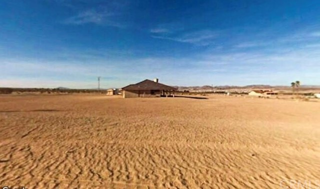 72522 Fremontia Road 29 Palms, CA 92277 - MLS #: JT18033134