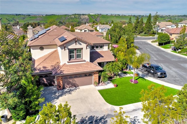 Single Family Home for Sale at 31 Greenvale Rancho Santa Margarita, California 92688 United States