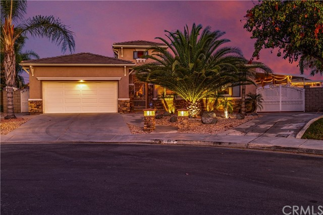 Photo of 31987 Golden Willow Court, Winchester, CA 92596