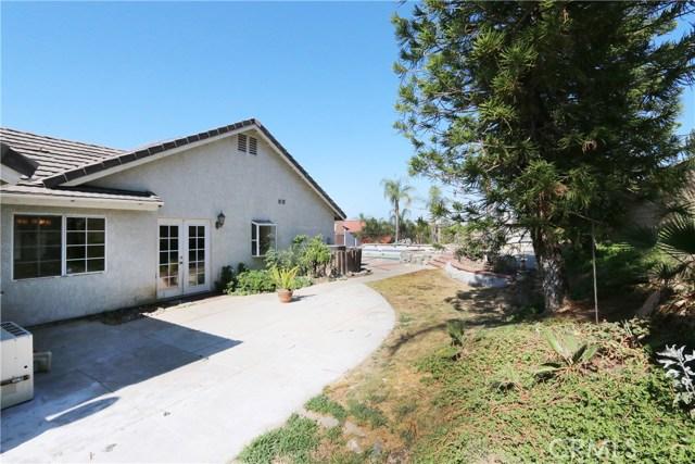 11545 Slawson Avenue, Moreno Valley CA: http://media.crmls.org/medias/42ea1d27-357b-4e36-97f8-a66d43337d85.jpg