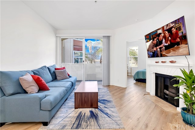 Photo of 620 S Gramercy Place #306, Los Angeles, CA 90005