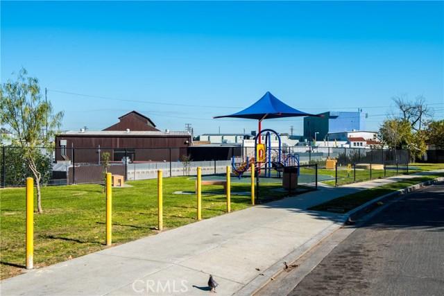 1154 N Loma Vista Dr, Long Beach, CA 90813 Photo 24