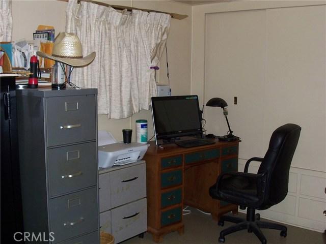 441 SANTA CLARA CIRCLE, HEMET, CA 92543  Photo 8