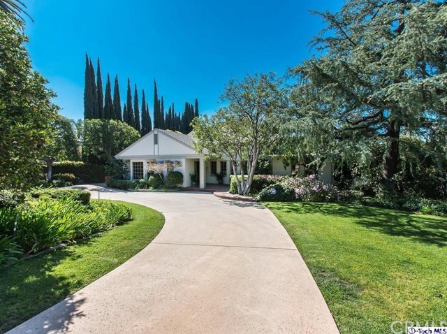 722 Kenneth Road, Glendale, CA, 91202