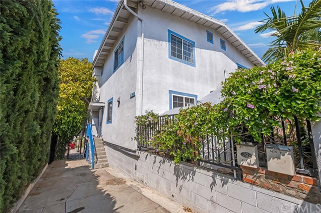 4615 St Charles Pl, Los Angeles, CA 90019 Photo 1