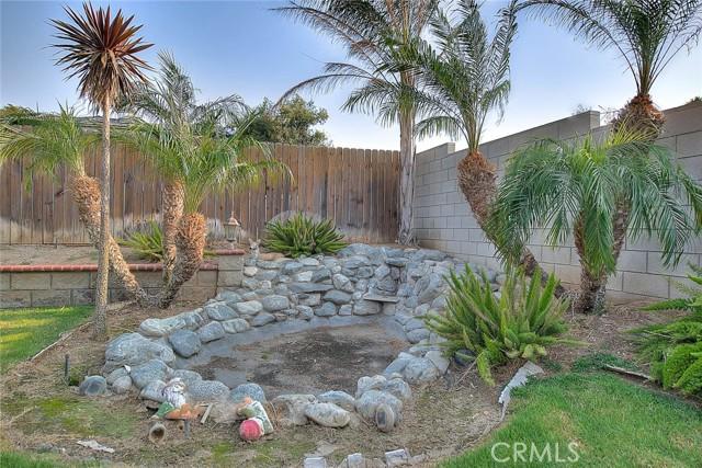 10078 Julian Drive, Riverside CA: http://media.crmls.org/medias/431409a9-99c7-4f83-a7a2-75c3a9efd19d.jpg
