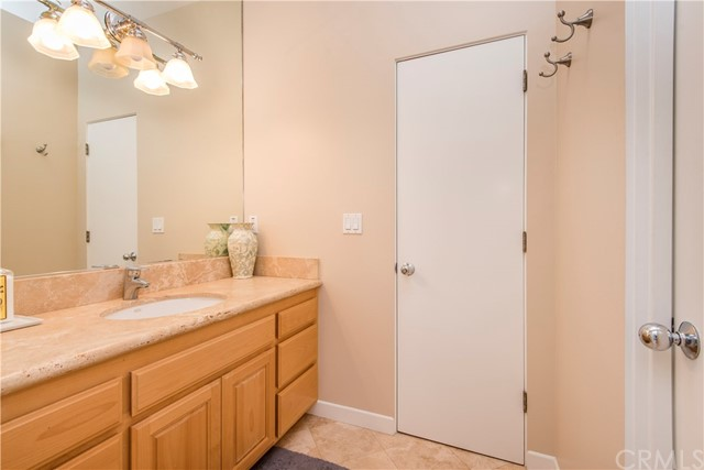 425 11th St, Hermosa Beach, CA 90254 photo 8