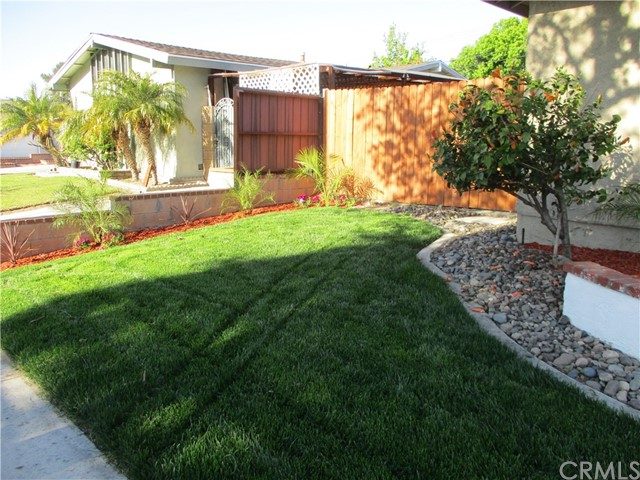 218 N Siesta, Anaheim, CA 92801 Photo 72