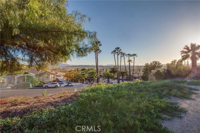 42090 Granite View Drive, San Jacinto CA: http://media.crmls.org/medias/431e19d4-c7e8-4ef7-a216-ab90c315e387.jpg