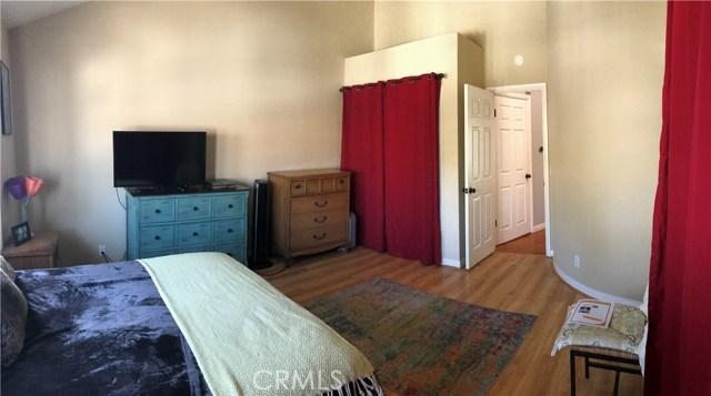 2277 Pacific Avenue, Costa Mesa CA: http://media.crmls.org/medias/43249bb2-4d47-4535-98d7-a14575e383ff.jpg